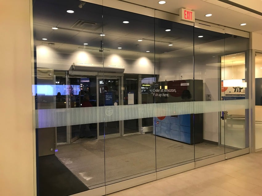Mobile Glass Partitions: Before